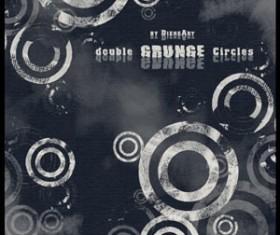 Double Grunge Circles Photoshop Brushes