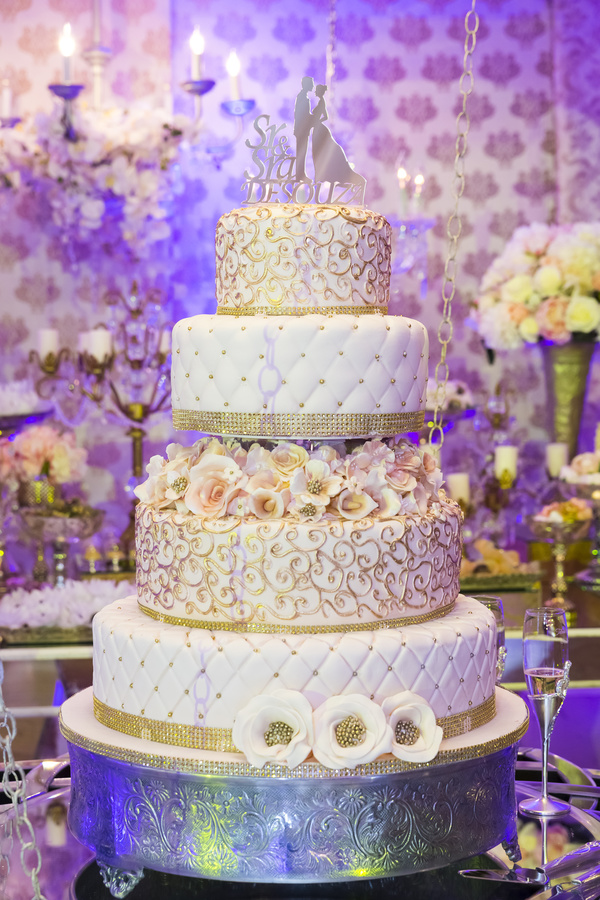 Luxury Wedding Cake And Purple Background