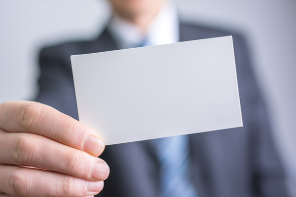 Why You Should Keep Business Cards with You