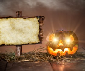 The pumpkin on the table lamp with wooden plaque