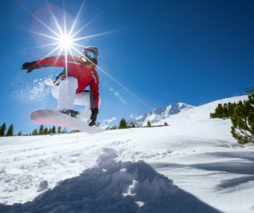 Alpine skiing HD picture