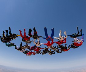 Fancy parachuting HD picture
