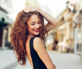 Smiling pretty woman HD picture