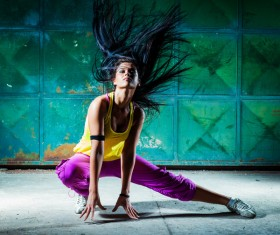 Young female dancer HD picture