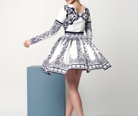 Wearing a black and white skirt of the beautiful woman 02