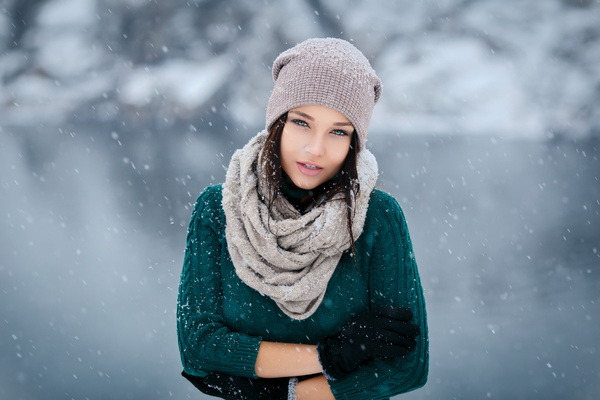 Winter Outdoor Lovely Girl Hd Picture 05 People Stock