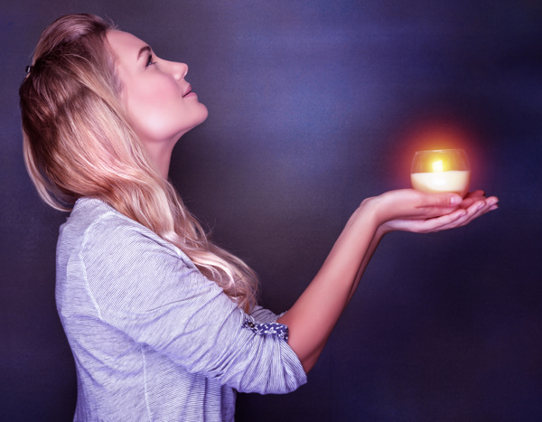 Woman holding candlelight HD picture 02