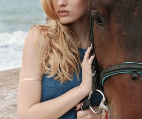 Beach beauty and horse HD picture 04