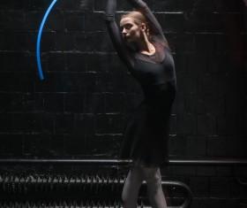 Charismatic ballet dancer HD picture 06