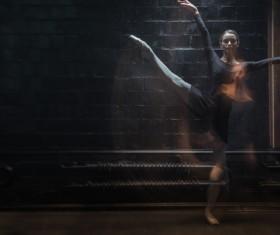 Charismatic ballet dancer HD picture 08