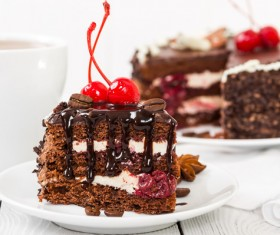 Cherry chocolate cake HD picture