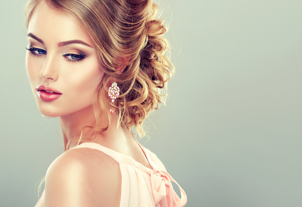 Elegant Hairstyle Model Hd Picture 01 Free Download