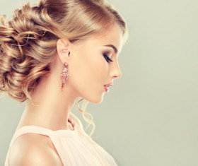 Elegant hairstyle model HD picture 02