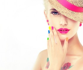 Elegant makeup and colorful nails HD picture 02