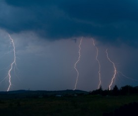 Flash of lightning HD picture 07