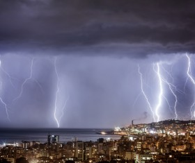 Flash of lightning HD picture 09