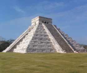 Mayan pyramids HD picture