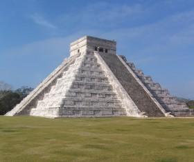 Mayan pyramids HD picture