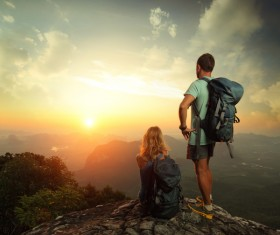 Peak couple watching the sunrise HD picture