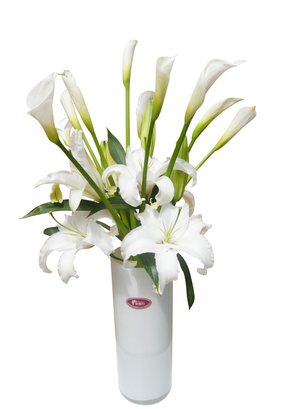 white lily and calla lily flower arrangement hd picture