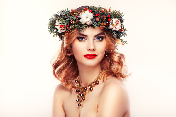 Young woman with Christmas wreath HD picture 02