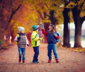 Children walking and playing HD picture