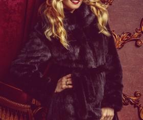 Fashion beautiful blonde woman wearing mink fur coat HD picture 03