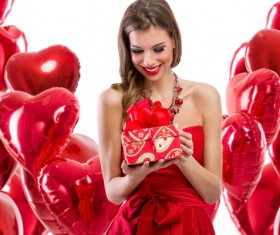 Smiling girl with a Valentines gift HD picture 08