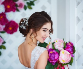 Beautiful girl holding a bouquet HD picture 05