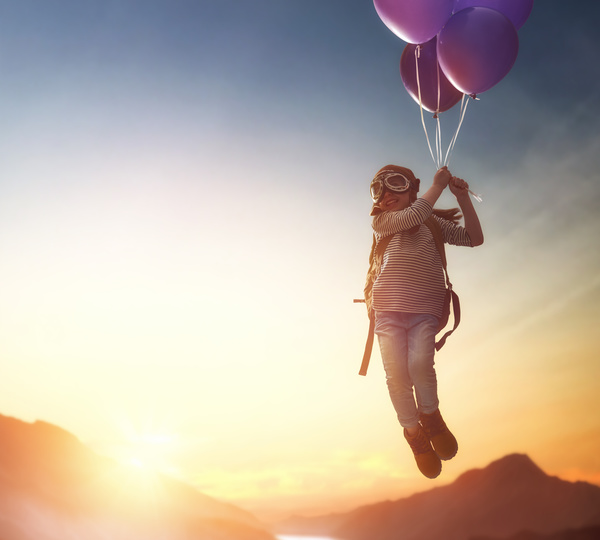 child flying on balloons hd picture free download