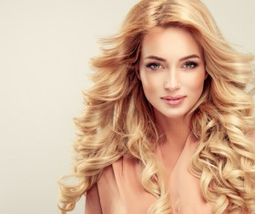 Fashion girl makeup and beautiful hair HD picture 04
