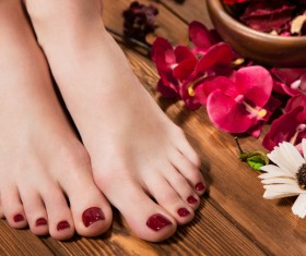 Girl with flowers and nail manicure HD picture 07