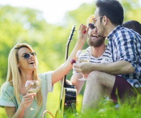 Happy young friend picnic HD picture 04