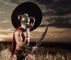 Hold the shield and the dagger of the Spartan Warrior HD picture