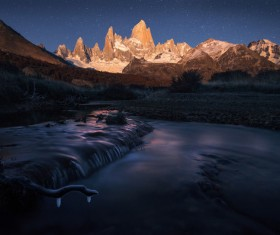 Moonlight Fitz Roy Mountain HD picture