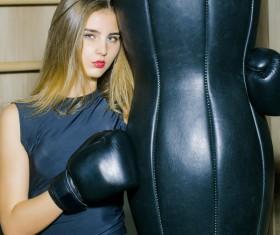 Pretty woman boxing training HD picture 03