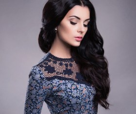Black hair blue floral skirt beautiful woman HD picture 01