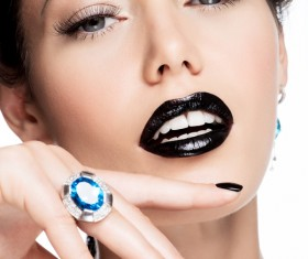 Fashion Black Makeup with Gemstone Rings HD picture 03