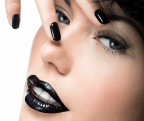 Fashion Black Makeup with Gemstone Rings HD picture 06