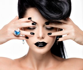 Fashion Black Makeup with Gemstone Rings HD picture 07