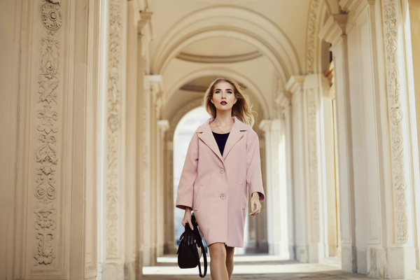 Fashionable blonde girl walking in the city Stock Photo 01
