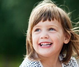 Happy little girl HD picture