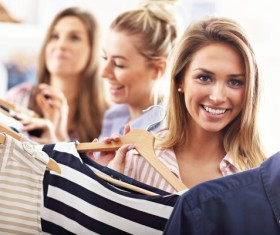 Happy woman to buy clothes HD picture