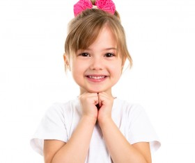 Little girl with a bowknot HD picture