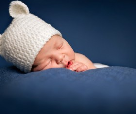 Newborn baby peacefully sleeping HD picture 01