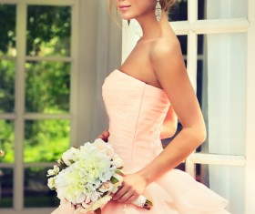 Pink wedding dress charming bride HD picture