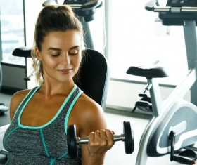 woman exercising in the gym HD picture 01