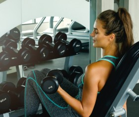 woman exercising in the gym HD picture 02