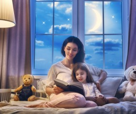 And mother to study together HD picture