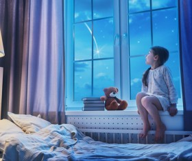 Looking out the window meteor children HD picture